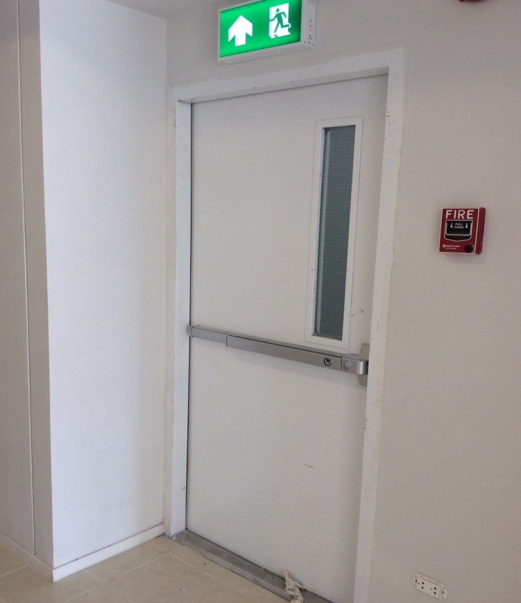 ประตูหนีไฟราคาถูก